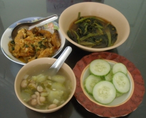 Fish, Collard greens, Cucumber and Pearl bean